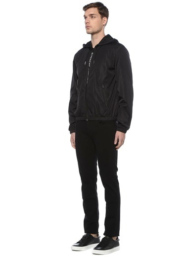 Givenchy Givenchy 101598230 Kapüşonlu Fermuar Kapatmalı Kontrast Logo Baskılı Erkek Mont Siyah